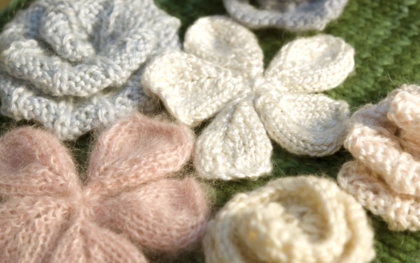 Easy Knitted Flowers Free Patterns : Fiori di maglia La Maglia di Marica