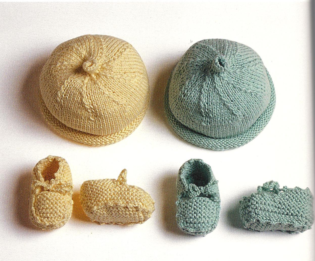 Cappellino Per Neonato Ai Ferri