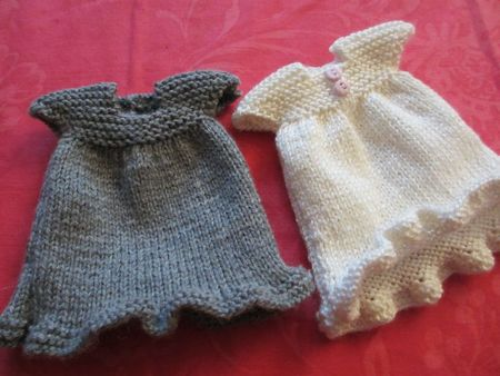 Free Knitting Patterns For Miniature Dolls : VESTIAMO..LE BAMBOLE La Maglia di Marica