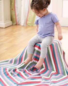 Radiating-Squares-Baby-Blanket-Knit