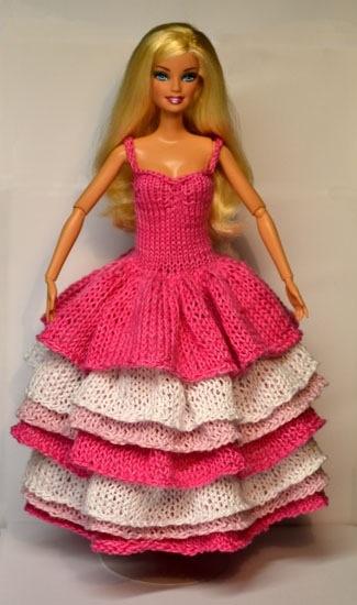 Abiti per le bambole la maglia di marica for Bambole barbie