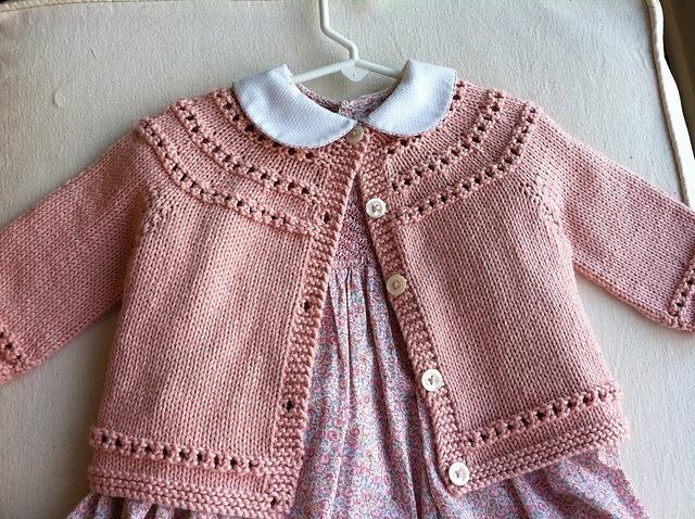 Knitting Pattern Baby Cardigan 8 Ply : COPRIFASCE La Maglia di Marica Pagina 3