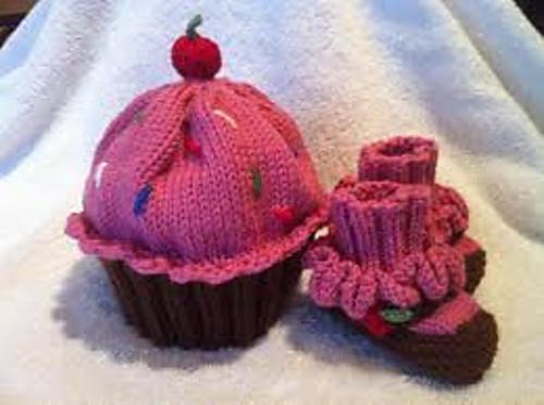 cupcake_hat__2013_medium