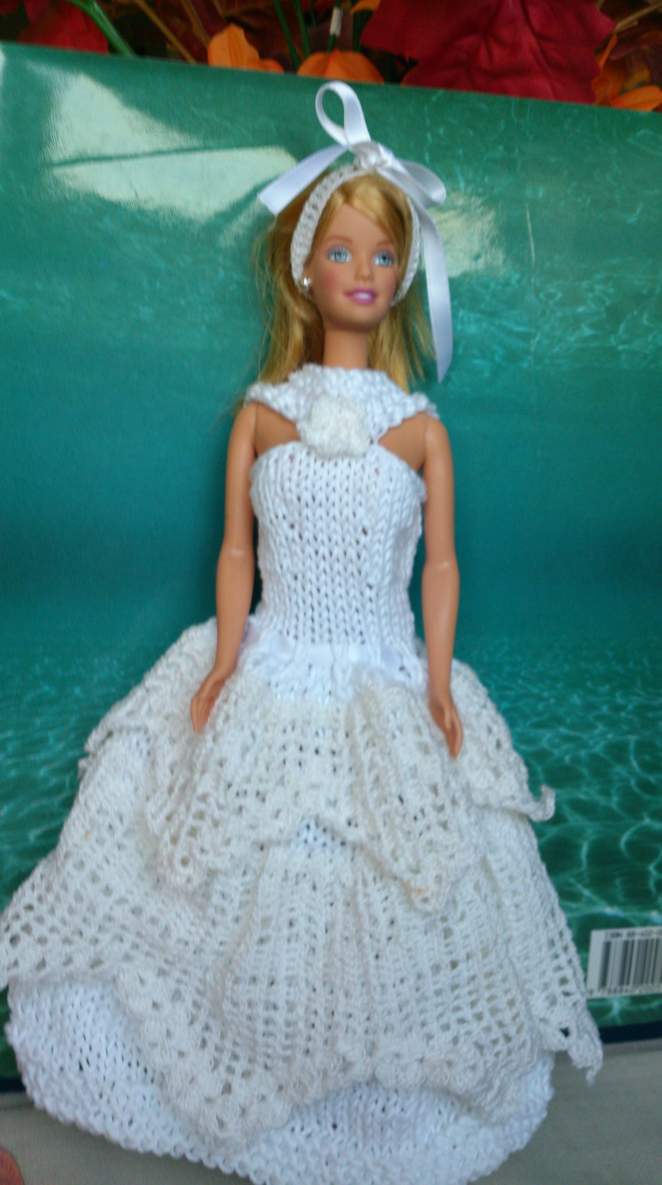 Abiti All Uncinetto Schemi Gratis Abiti Per Le Barbie La Maglia Di