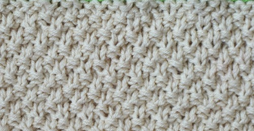 Baby_Blanket_beige_line_pattern