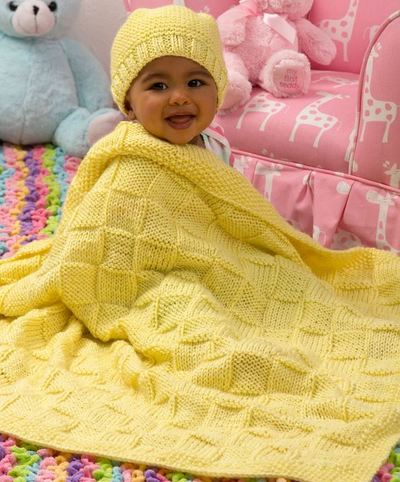 Sunshine-Blanket-and-Hat-Baby-Set_Large400_ID-903168
